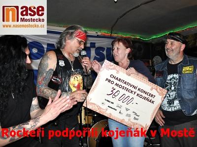 Rockeři podpořili mostecký kojeňák