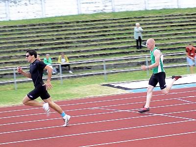 Skvělé výkony sprinterů AK Most Nohavy a Lecjakse a 17letého vrhače Houšky na Velké ceně Litvínova a Meziboří
